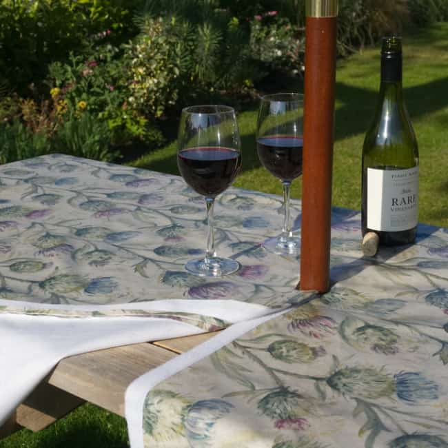NEW! VELCRO-SEAMED OUTDOOR TABLECLOTHS