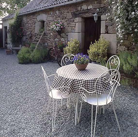 Tablecloths for the garden
