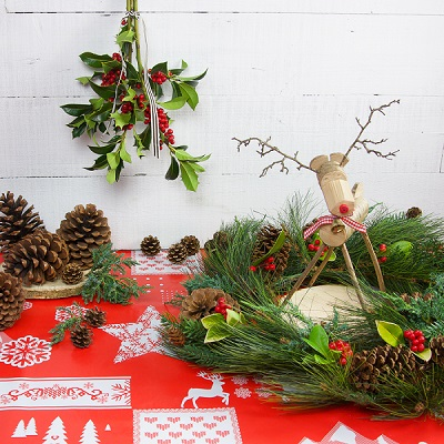 RUSTIC RUDOLPH TABLE DECORATION